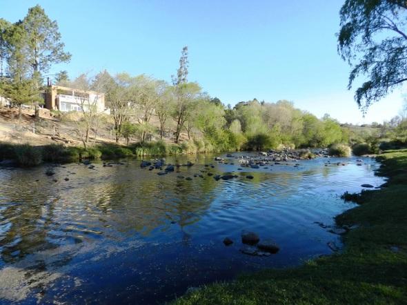 Para contemplar la belleza del paisaje en el río Los Reartes