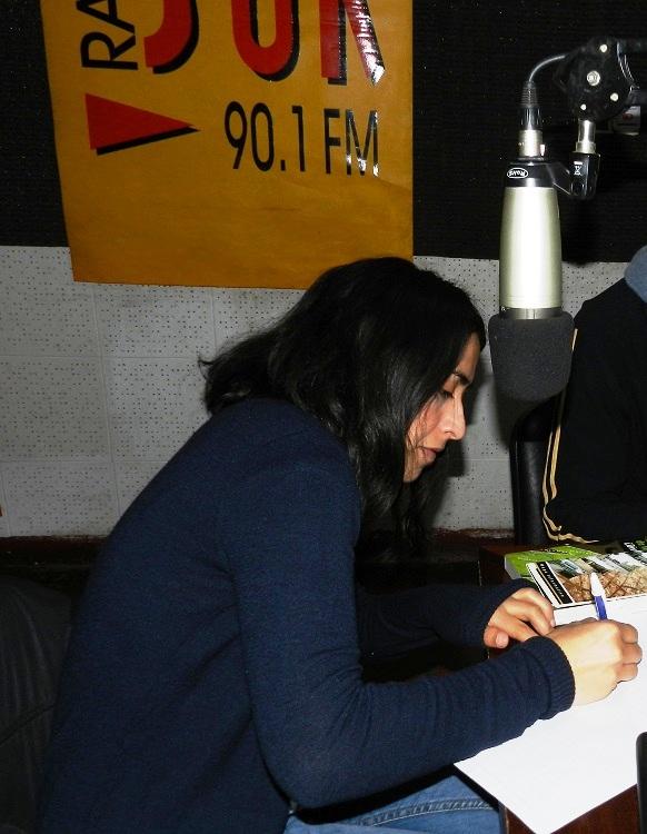 Radio Sur 90.1 FM, cuenta con una programación variada y diversa