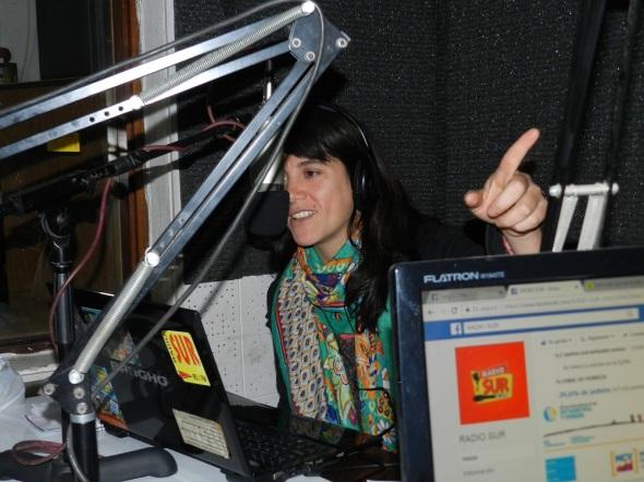 Radio Sur entretener, informar, acompañar la vida y las luchas por la dignidad . Foto Lázaro Najarro Pujol