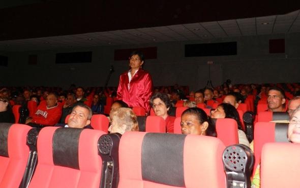 De igual forma los delegados a la asamblea municipal del Poder Popular en Camagüey aprobaron por unanimidad a los candidatos