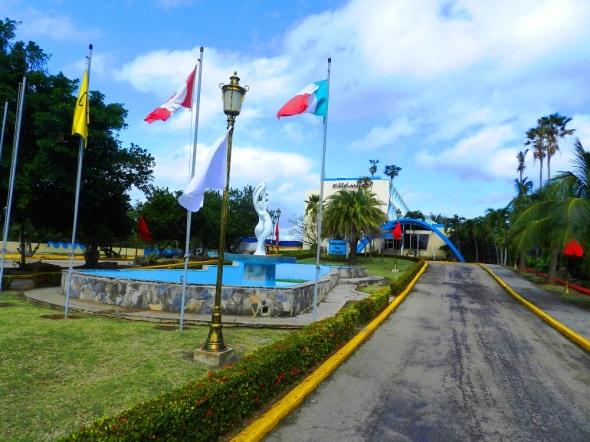 Hotel Club Atlántico, categoría 3 estrellas y ubicado en la avenida de las Terrazas, en la hermosa playa de Santa María del Mar