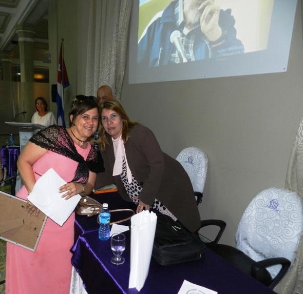 Yadira Ulloa González Premio al mérito laboral