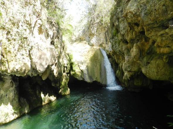 Cascada de El Cubano