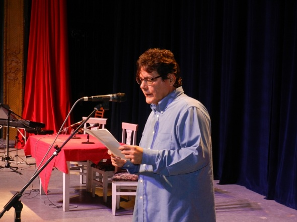 Edel Morales da a conocer el ortgamiento del Premio Nacional de Literatura 2017