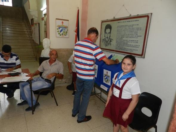 Electores eligen delegados a la Asamblea Provincial del Poder Popular y los diputados al Parlamento cubano