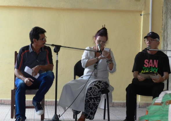 Mariela Pérez -Castro y Rubén Falde emocionaron con sus poemas de amor