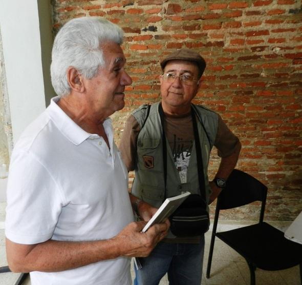 Roberto Manzano que ofreció fragmento de su libro La piedra de Sísifo