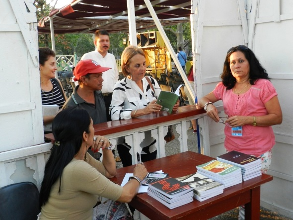 Sabor y Saber entre los más vendidos en la feria camagieyana del libro