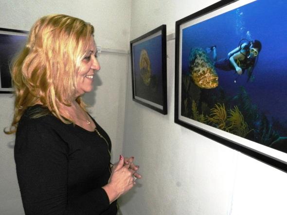 El publico puede apreciar la riqueza del mundo marino del sur de Camagüey