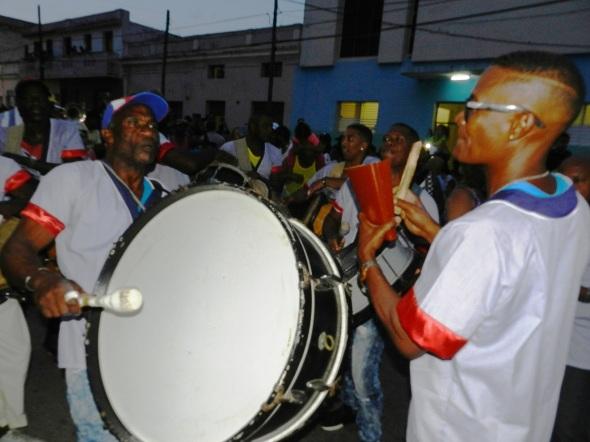 El repiqueteos de los tambores
