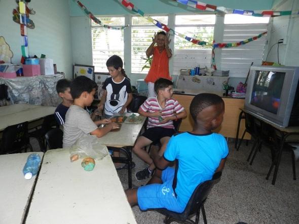 Alumnos de la Escuela Primaria Álvaro Morell disfrutan del verano