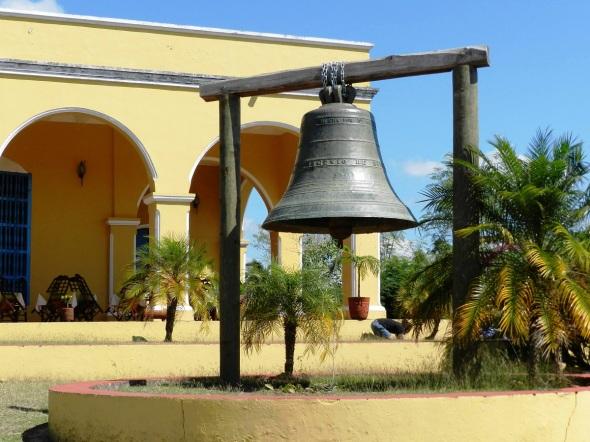 Campana en Casa-hacienda Manaca Iznaga