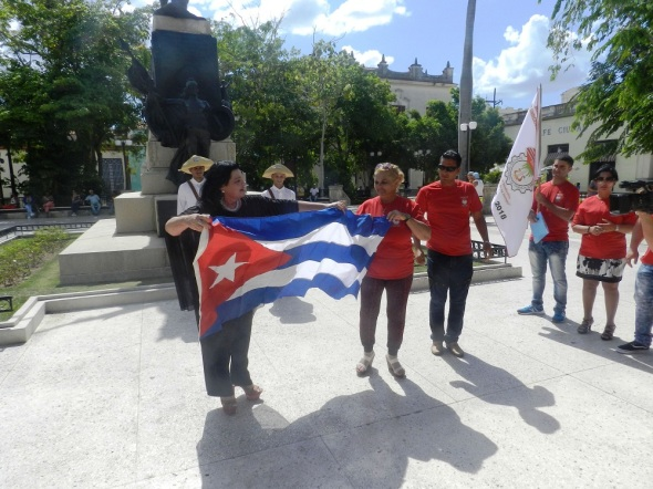 La Bandera Cubana también portará la dlegaci+on agramontina a la conferencia nacional