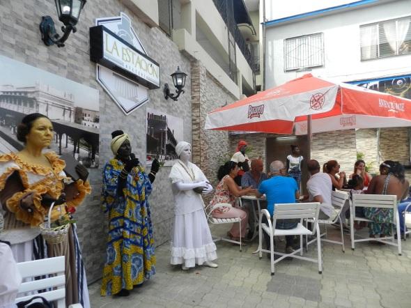 Cafetería La Estación tienen capacidad para 36 clientes sentados