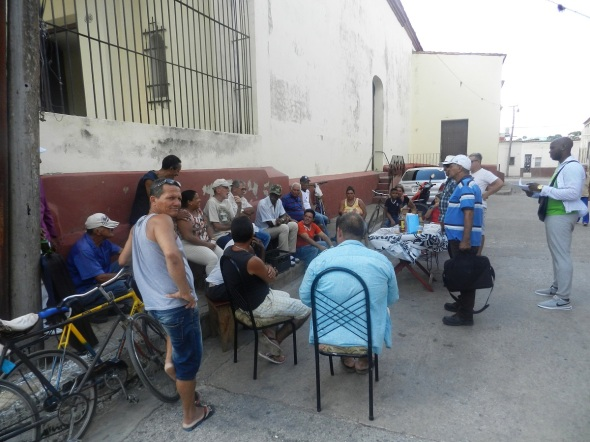 En el callejón de Jofre surgió el 10 de octubre de 2018 la Peña del Dominó