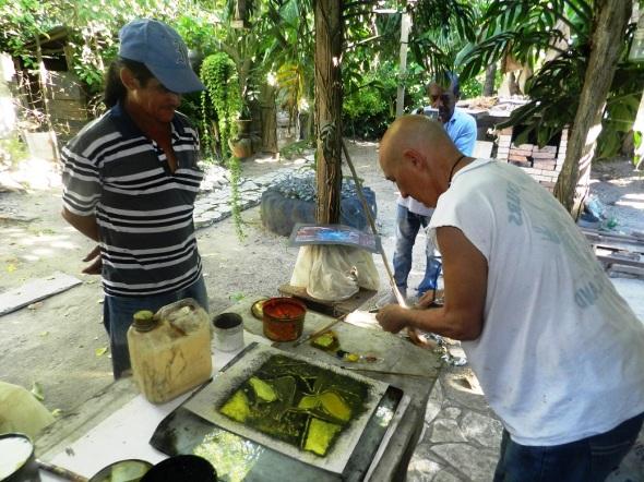 Intercambian creadores de la UNEAC camagüeyana sobre grabado a color