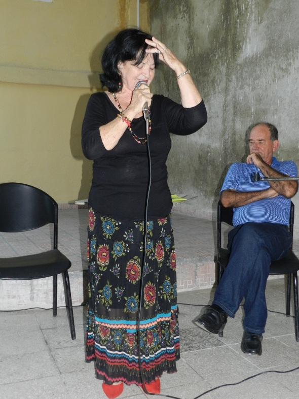 La dama de las tonadas campesinas Eneida Sosa