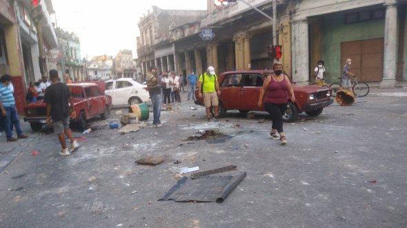 Cometieron delitos como desorden público, robo con fuerza, vandalismo, incitación, entre otros. Foto Juventud Rebelde